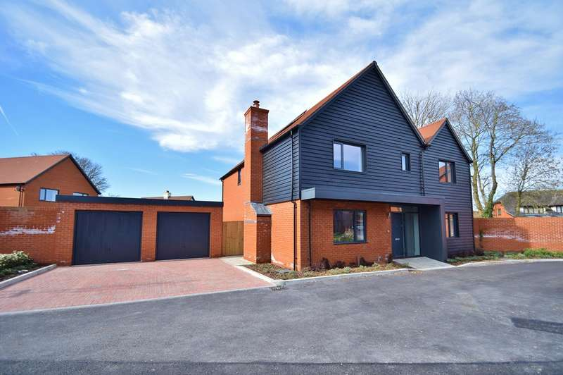 5 Bedrooms Detached House for sale in Sutton Scotney
