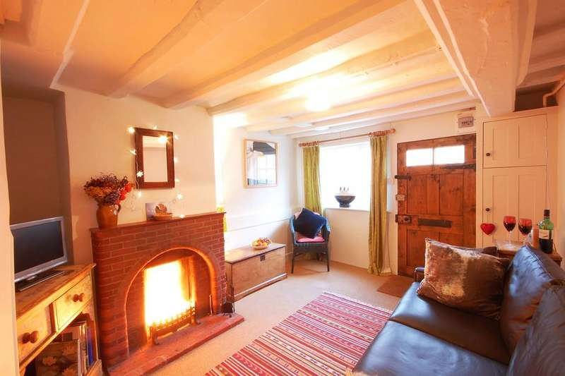 1 Bedroom Cottage House for sale in High Street, Aldeburgh, Suffolk