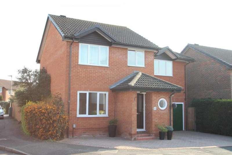 4 Bedrooms Detached House for sale in Wiggett Grove, Binfield, RG42