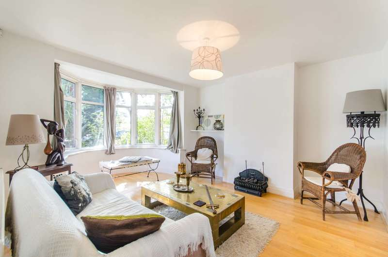 3 Bedrooms Semi Detached House for sale in Tanfield Avenue, Neasden, NW2