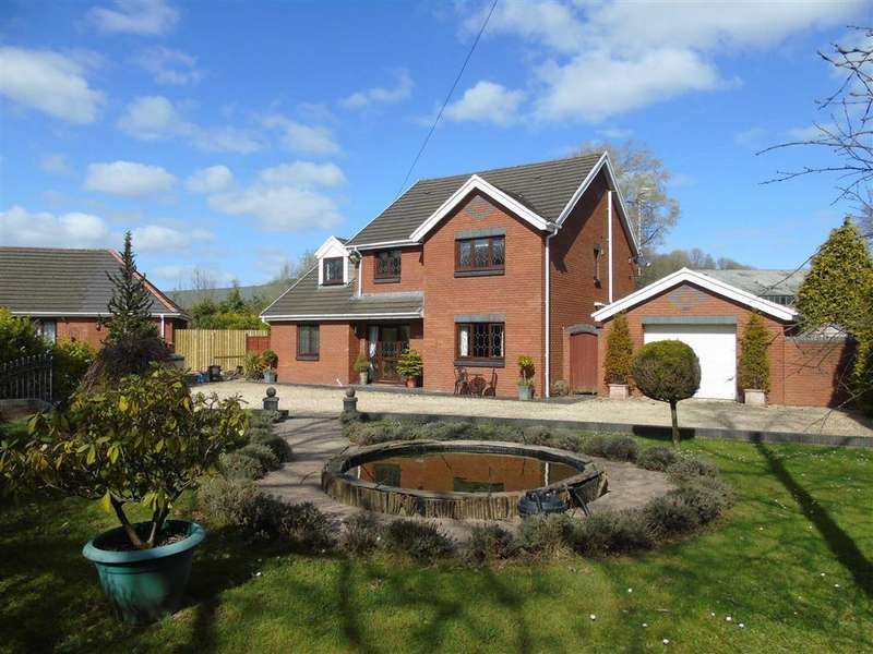 4 Bedrooms Detached House for sale in Mwrwg Road, Llangennech, Llanelli