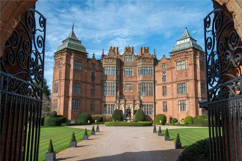3 Bedrooms Flat for sale in Flat 1, Westwood House, Westwood Park, Droitwich, Worcestershire, WR9