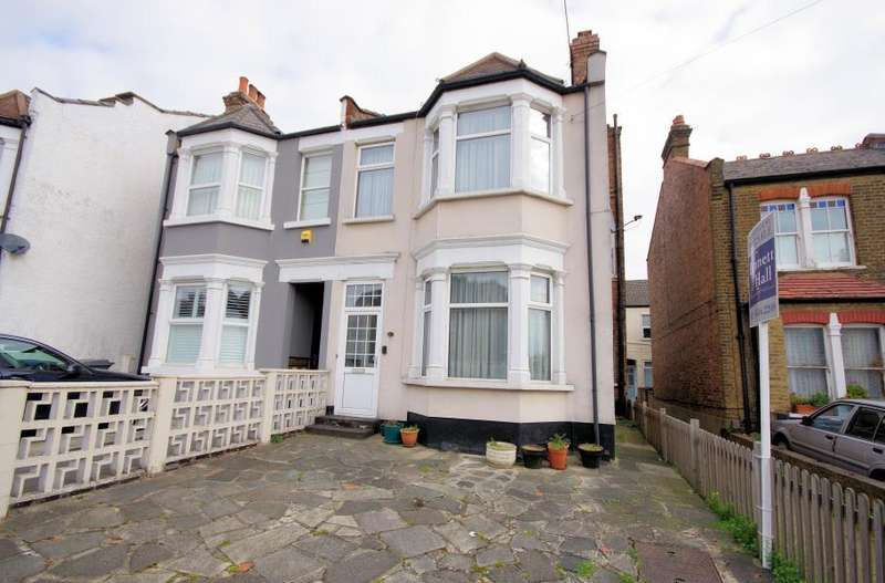 4 Bedrooms Semi Detached House for sale in LONG LANE, FINCHLEY, N3