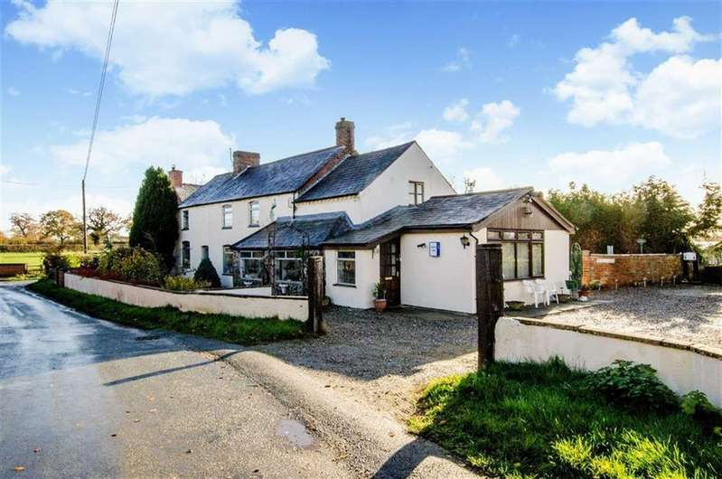 4 Bedrooms Detached House for sale in Roden View, Dobsons Bridge, Whitchurch, SY13