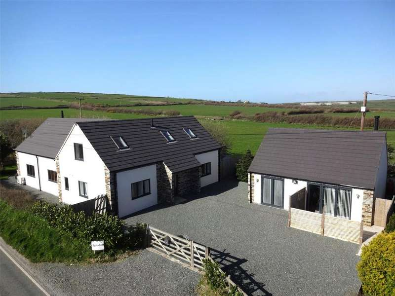 5 Bedrooms Detached House for sale in Marshgate, Camelford