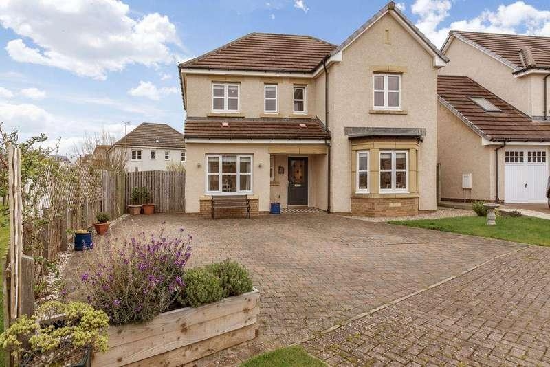 4 Bedrooms Detached House for sale in 11 Retreat Crescent, Dunbar, EH42 1GW