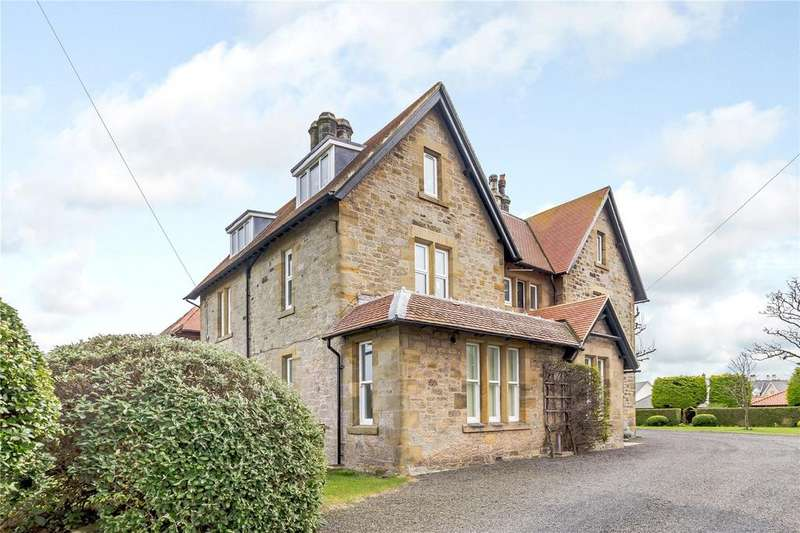 2 Bedrooms Apartment Flat for sale in Flat 4, Radcliffe House, Radcliffe Road, Bamburgh, Northumberland