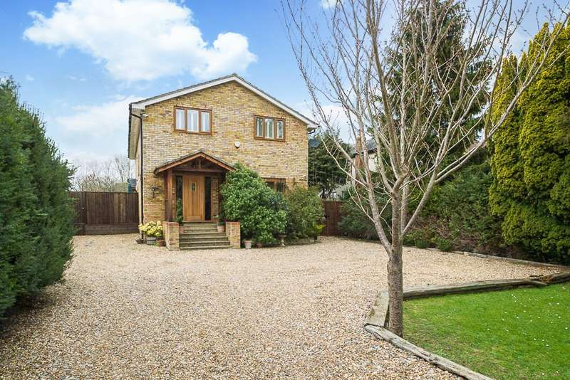 5 Bedrooms Detached House for sale in Park Avenue, Wraysbury, TW19