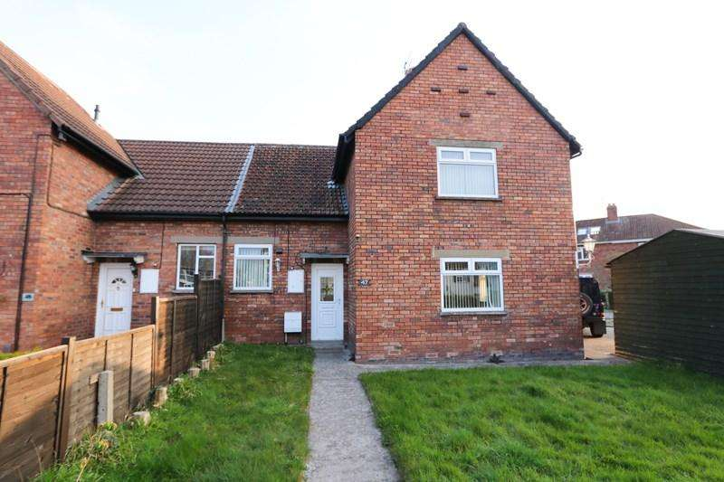 3 Bedrooms Semi Detached House for sale in Cherry Gardens, Bitton, Bristol