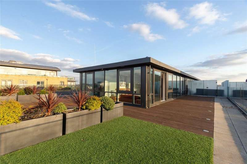 4 Bedrooms Penthouse Flat for sale in Rothschild House, 8 Kew Bridge Road, Brentford, Middlesex, TW8