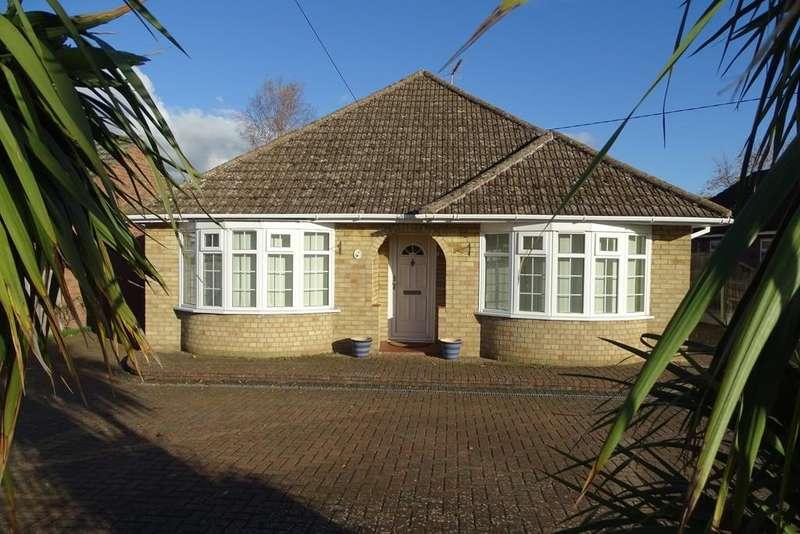 4 Bedrooms Detached Bungalow for sale in Crown Street, Brandon