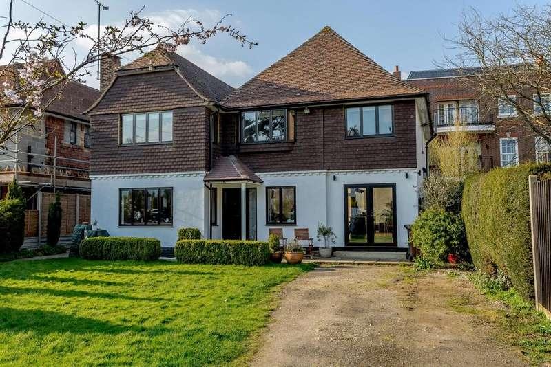 4 Bedrooms Detached House for sale in Kirkdale Road, Harpenden, Hertfordshire, AL5