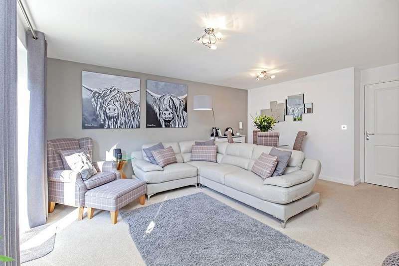 4 Bedrooms Town House for sale in Askew Way, Chesterfield