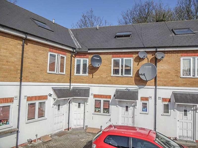 2 Bedrooms Flat for sale in 154 West Green Road, Tottenham, London, N15