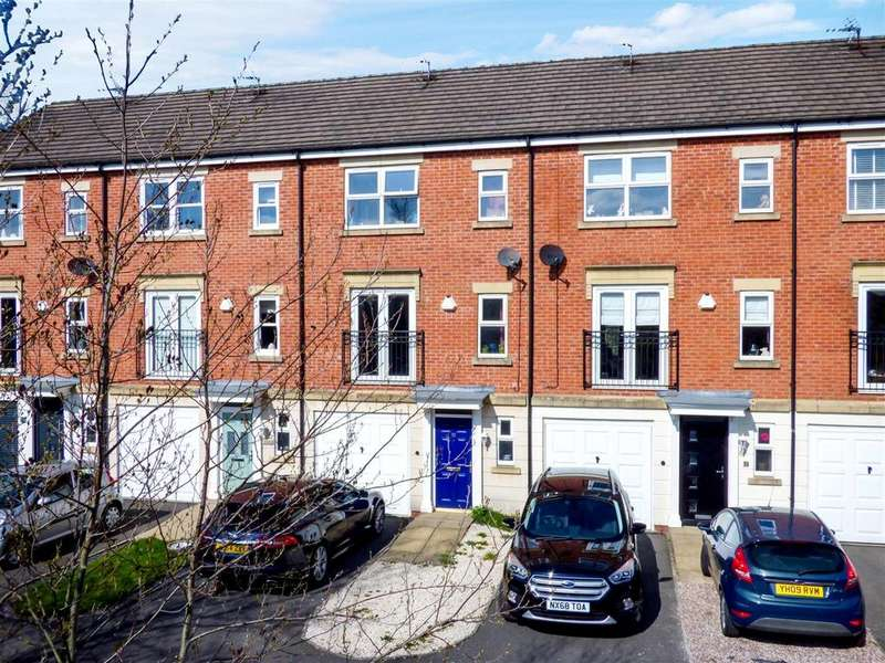 3 Bedrooms Town House for sale in Chandlers Croft, Ibstock