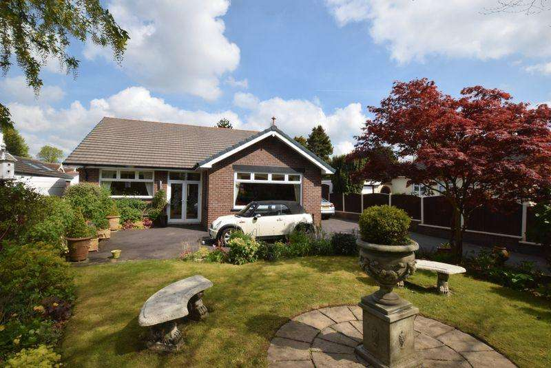 3 Bedrooms Detached Bungalow for sale in Southworth Road, Newton-Le-Willows