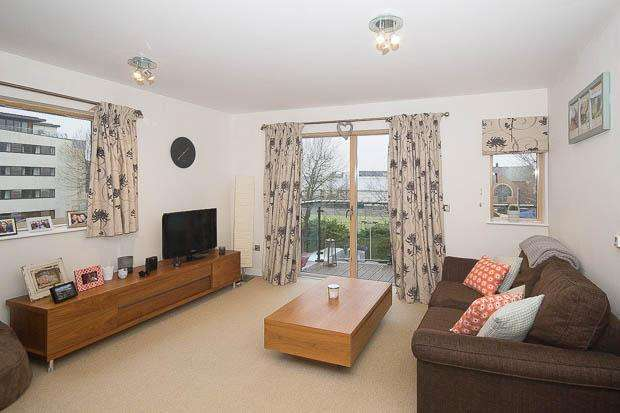 1 Bedroom Apartment Flat for sale in St James North, Cheltenham, GL50 3PY