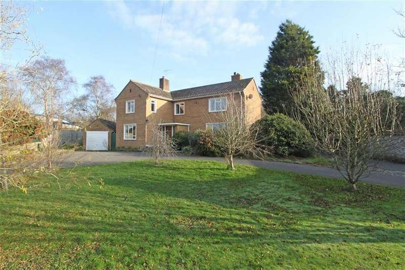 5 Bedrooms Detached House for sale in The Street, Olveston, Bristol