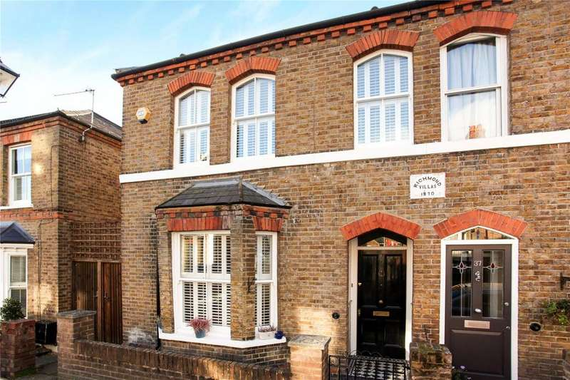 3 Bedrooms End Of Terrace House for sale in 35 Grove Road, Windsor, Berkshire, SL4