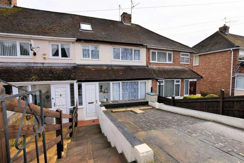 4 Bedrooms Terraced House for sale in Thirlmere Avenue, Tilehurst, Reading