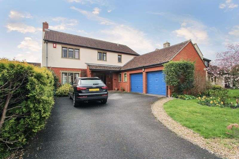 4 Bedrooms Property for sale in Petvin Close, Street