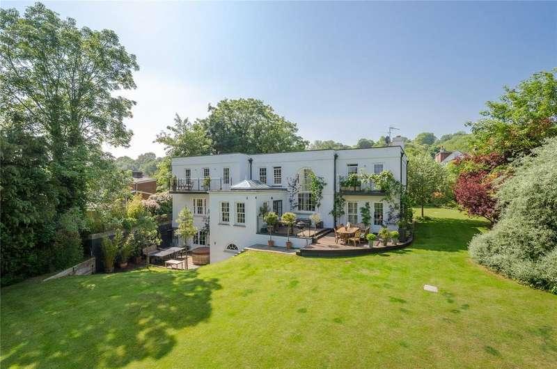 6 Bedrooms Detached House for sale in Watersmeet Road, Salisbury, Wiltshire, SP2