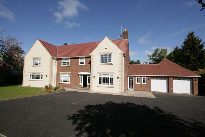 5 Bedrooms Detached House for sale in Runnymede Road, Darras Hall, Ponteland, Newcastle upon Tyne