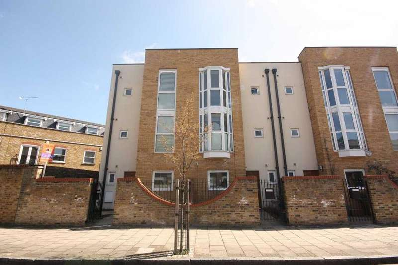 5 Bedrooms Town House for sale in Hertford Road, London, Haggerston