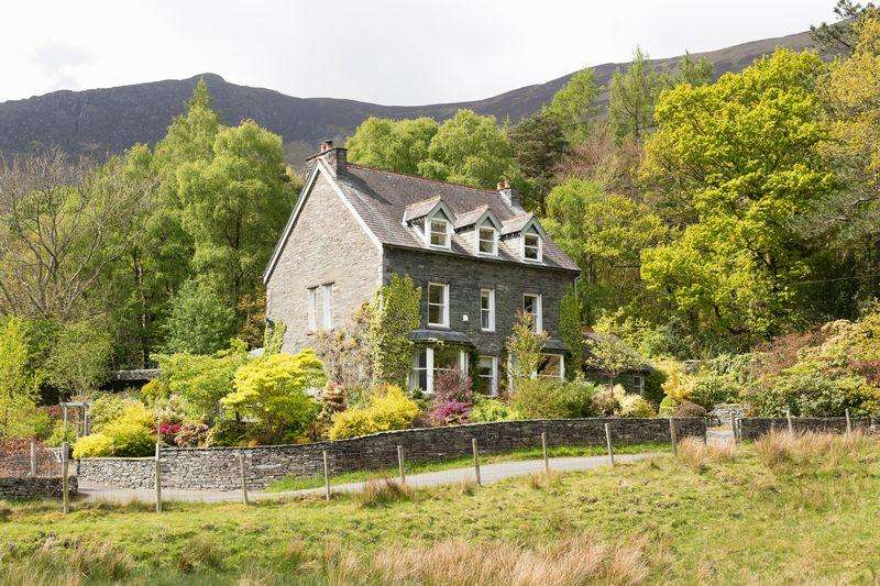 6 Bedrooms Detached House for sale in Grange, Keswick, Cumbria