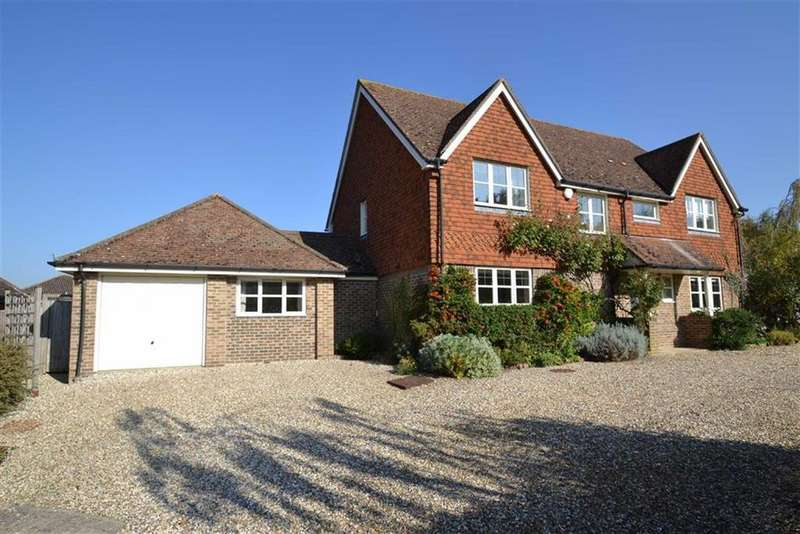 4 Bedrooms Detached House for sale in The Green, Kintbury, Berkshire, RG17