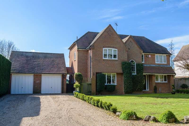 5 Bedrooms Detached House for sale in Prestigious location - Barling Magna