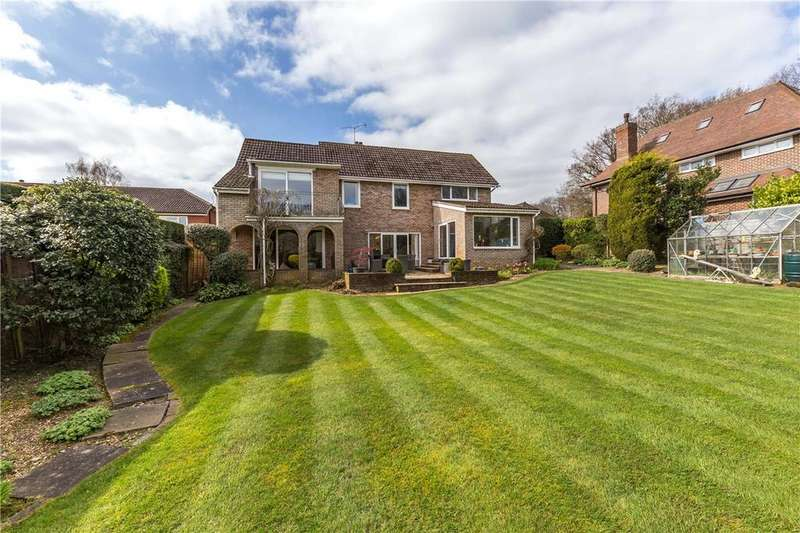 4 Bedrooms Detached House for sale in Woodland Rise, Studham, Dunstable, Bedfordshire
