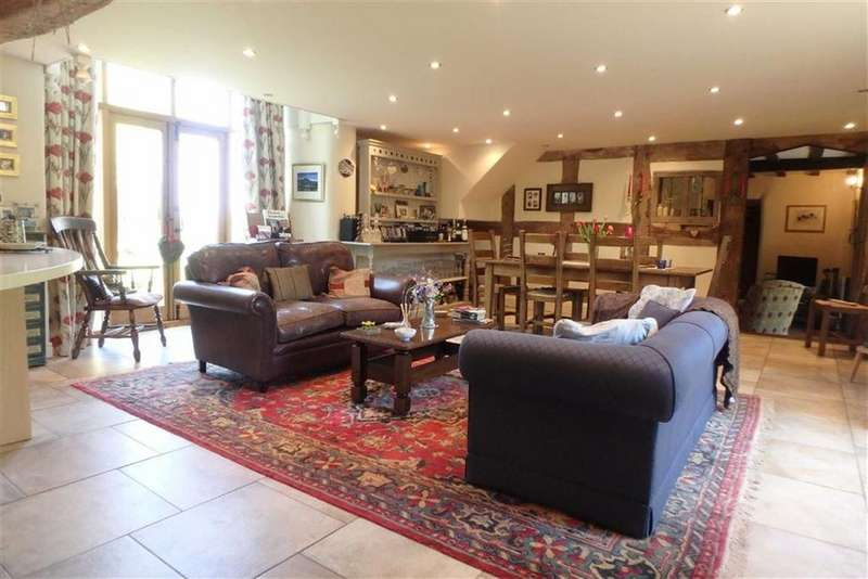 4 Bedrooms Barn Conversion Character Property for sale in Tregoyd, Tregoyd, Nr Hay-on-Wye, Powys