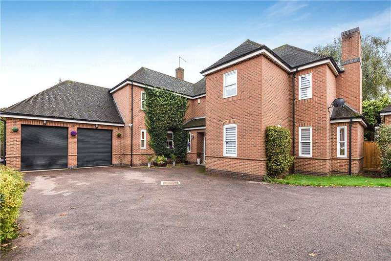 5 Bedrooms Detached House for sale in Hamlet Green, Dallington, Northamptonshire