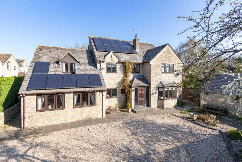 5 Bedrooms Detached House for sale in London Road, Fairford