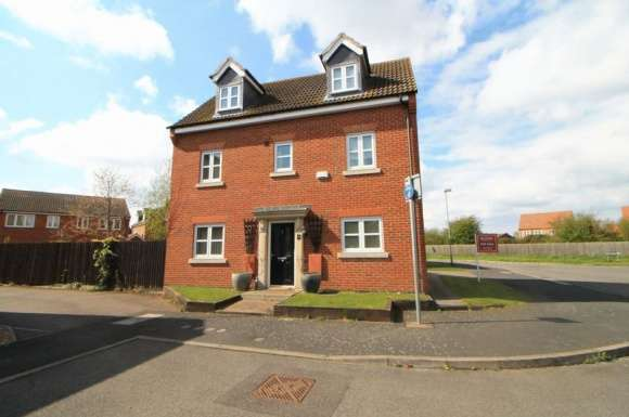 5 Bedrooms Detached House for sale in Piccard Drive, Spalding