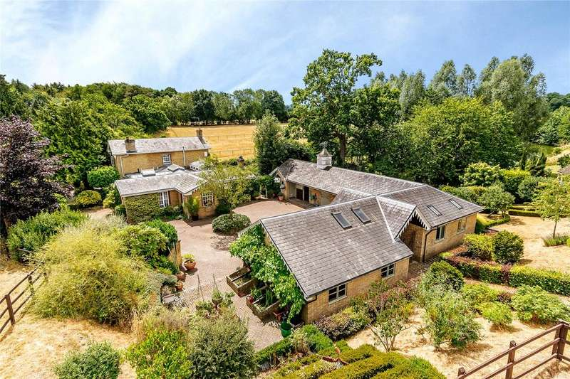 4 Bedrooms Equestrian Facility Character Property for sale in Redhall Lane, Chandlers Cross, Rickmansworth, Hertfordshire, WD3