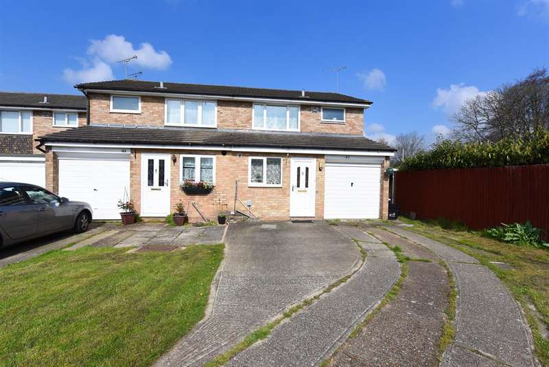 4 Bedrooms Semi Detached House for sale in Saint Paul's Gate, Wokingham