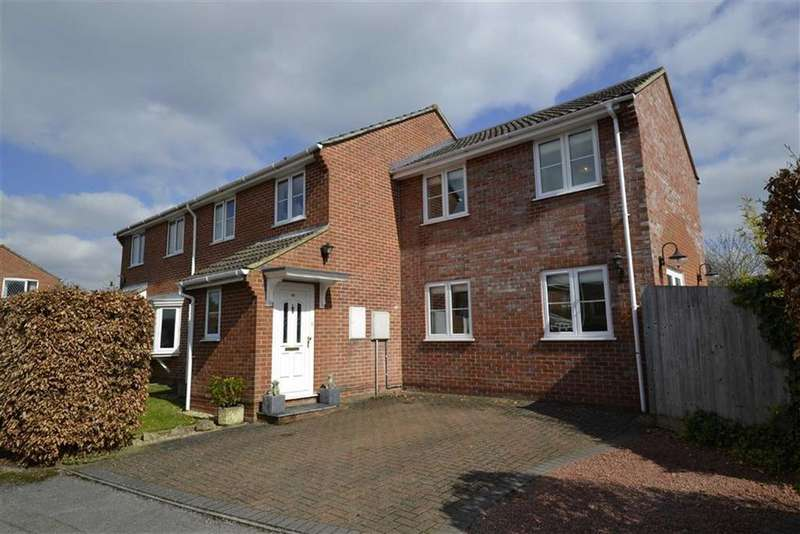 4 Bedrooms Semi Detached House for sale in Westerdale, Thatcham, Berkshire, RG19