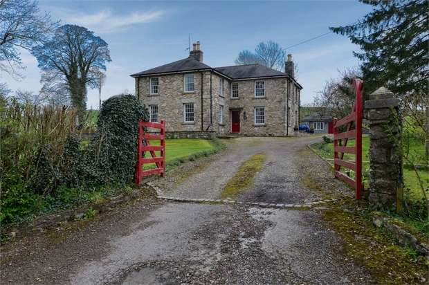4 Bedrooms Detached House for sale in Sedgwick, Sedgwick, Kendal, Cumbria