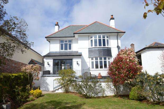4 Bedrooms Detached House for sale in Underlane, Plymstock, Plymouth