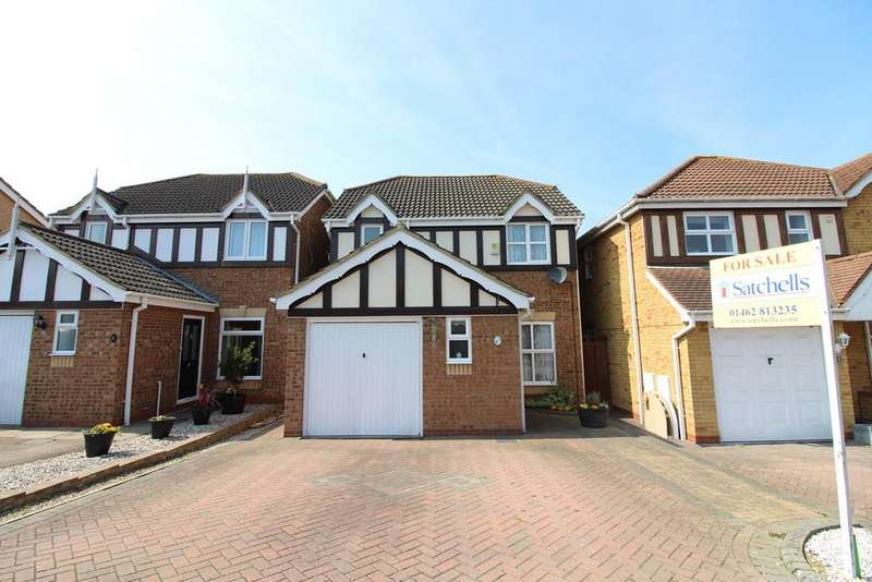 3 Bedrooms Detached House for sale in Montgomery Avenue, Shefford, SG17