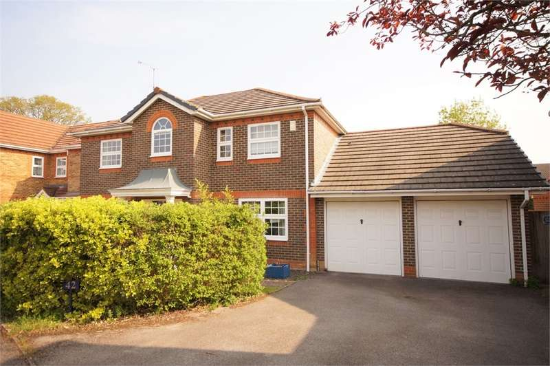 4 Bedrooms Detached House for sale in Conygree Close, Lower Earley, READING, Berkshire