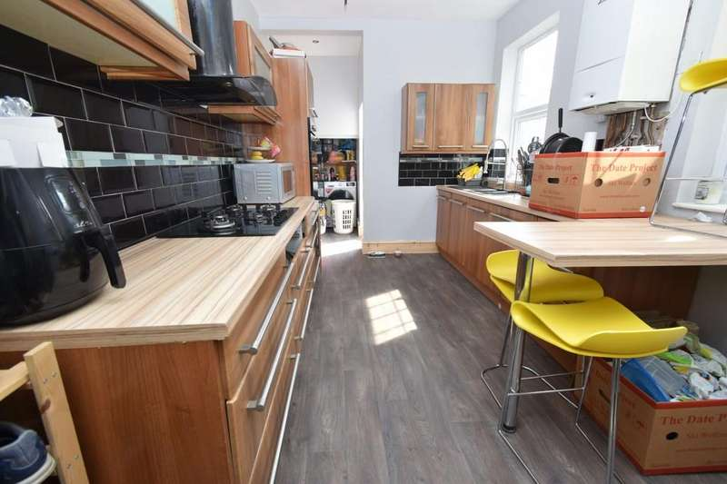 4 Bedrooms Terraced House for sale in Beckingham Road, Evington, Leicester