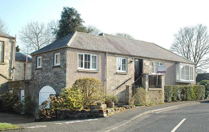 2 Bedrooms Detached House for sale in The Coach House, Murray Crescent, Duns TD11 3DQ