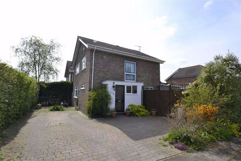 4 Bedrooms Detached House for sale in Dart Close, Thatcham, Berkshire, RG18