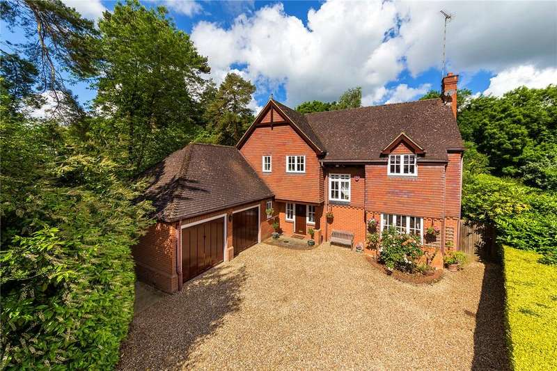 5 Bedrooms Detached House for sale in Broadleaf Grove, Welwyn Garden City, Hertfordshire