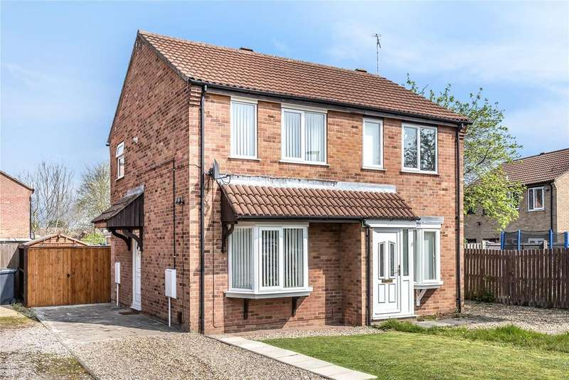 2 Bedrooms Semi Detached House for sale in Stenigot Close, Lincoln, LN6