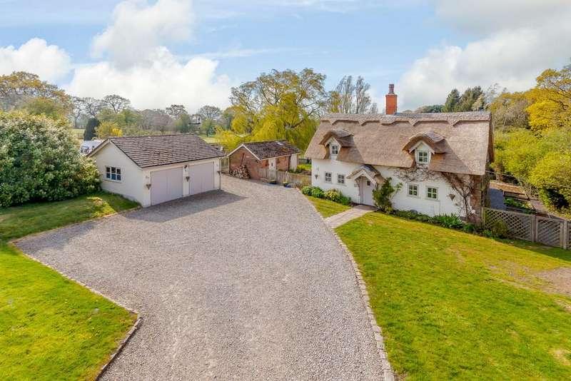 5 Bedrooms Detached House for sale in Commonside Farm, Commonside, Alvanley, WA6 9HB