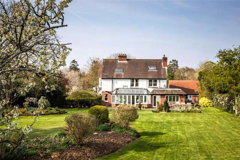 5 Bedrooms Detached House for sale in Alexandria Road, Sutton Scotney, Winchester, Hampshire, SO21